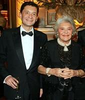 Philippe de Rothschild's son retakes control of the empire