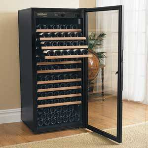 le frigo vin nos conseils actualit vin par vinotrip. Black Bedroom Furniture Sets. Home Design Ideas