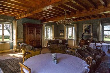 Salle à manger du Château du Payre