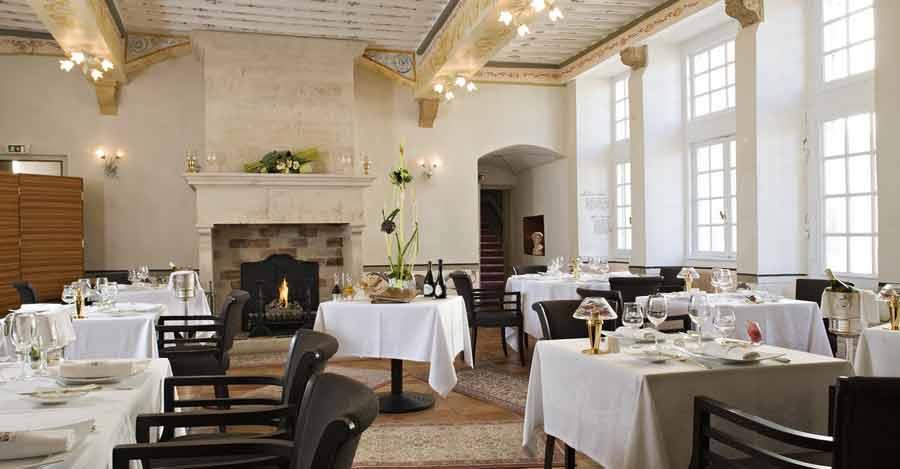 restaurant chateau de pizay - Chateau De Pizay Mariage
