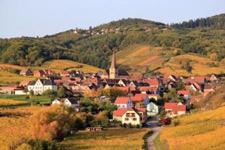 Village alont the Alsace wine path