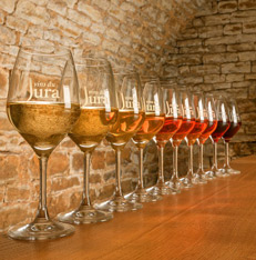 Dégustations sur la route des vins du Jura